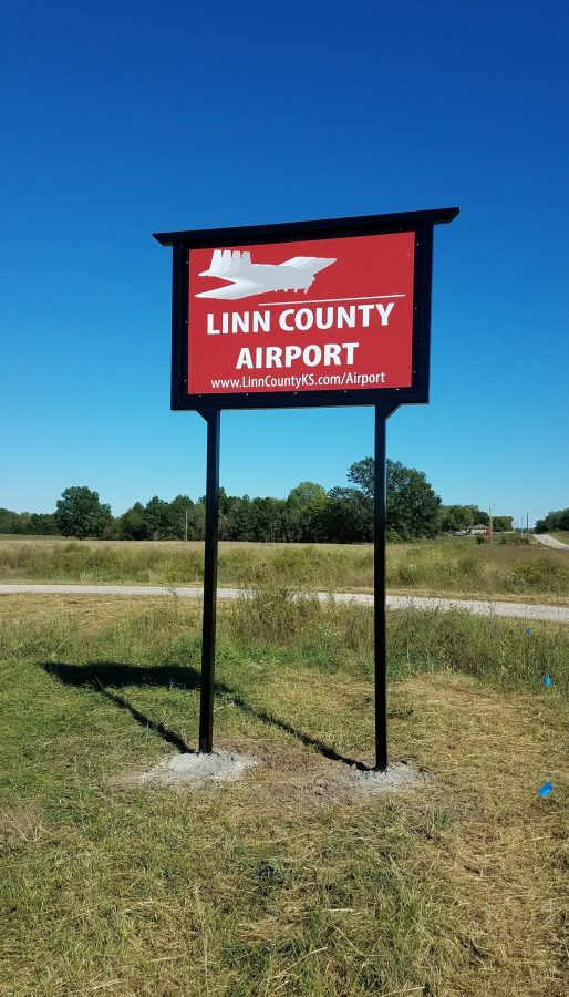 Welcome to the Linn County Airport. A publically owned airport in Pleasanton Kansas.